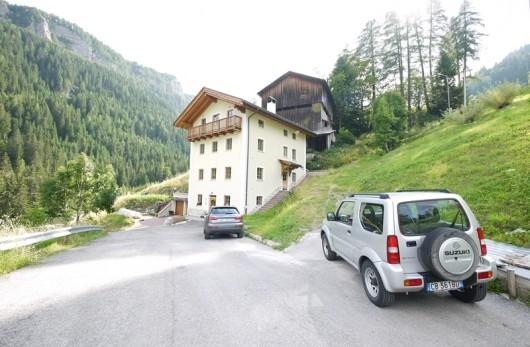 Zwei-Zimmer-Dachwohnung 1 ORTSCHAFT ORNELLA